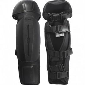 Protège-tibia noir plastique